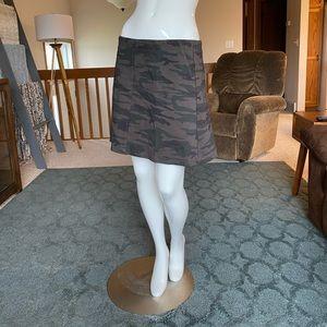 Sanctuary Camo skirt •medium